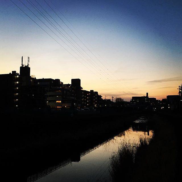 【ぐもにん2308】やりたいをやるために生まれてここにいる。今日も「笑顔の選択」と。#goodmorning #beautifulsky #sunset #sky