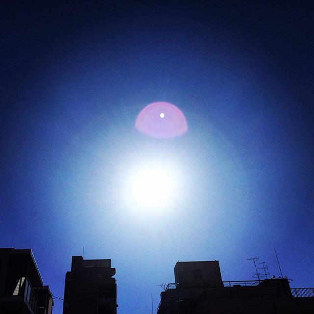 【ぐもにん2586】バランスは自分が知ってる自分で決める。今日も「笑顔の選択」と。#goodmorning #bluesky #beautifulsky #blue #beautiful #sky #sunshine #sunlight #sun #おはよう