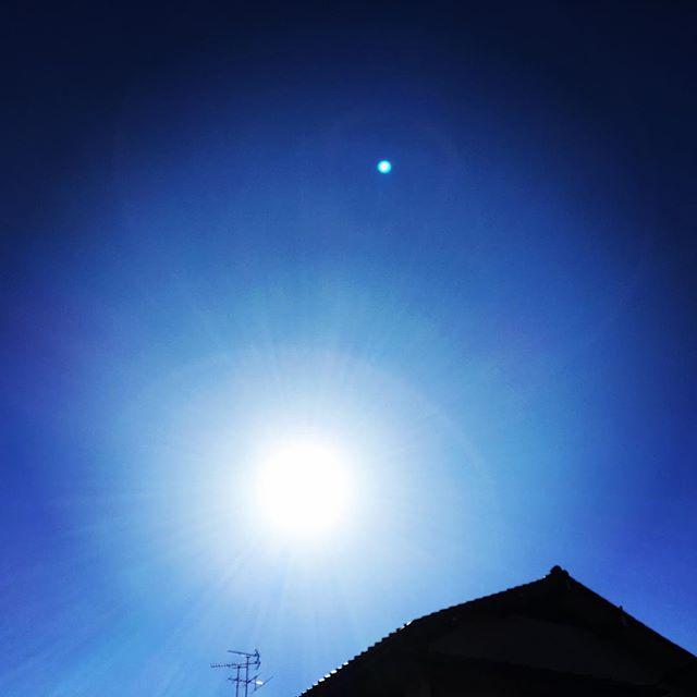 【ぐもにん2610】時には頭と身体を休める。今日も「笑顔の選択」と。#goodmorning #bluesky #beautifulsky #blue #beautiful #sky #sunshine #おはよう